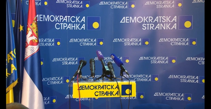 Omladina DS-a zbog Boška Obradovića se isključuje iz Saveza za Srbiju