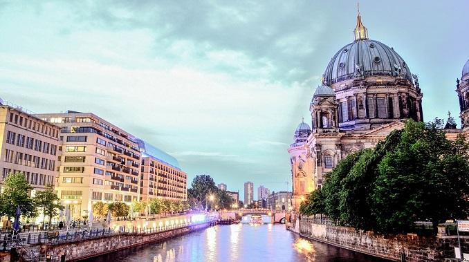 Narko-dileri dobili su u Berlinu svoje zone u kojima mogu da prodaju drogu