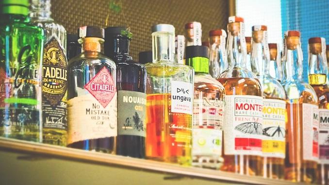 Novi Pazar: Zabranjena prodaja alkohola posle 21 sat u trgovinama