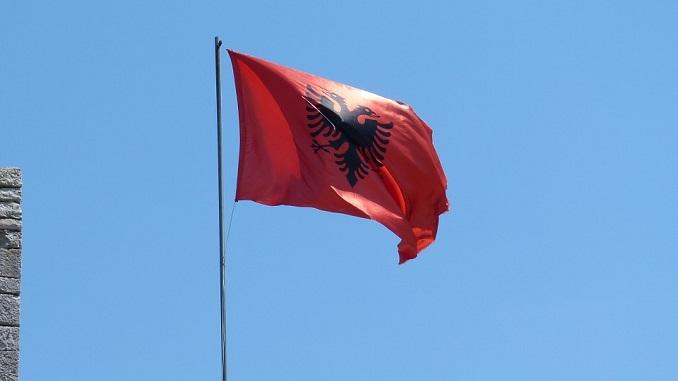 Potpredsednik Skupštine: Imamo pravo da ističemo albansku zastavu u Crnoj Gori