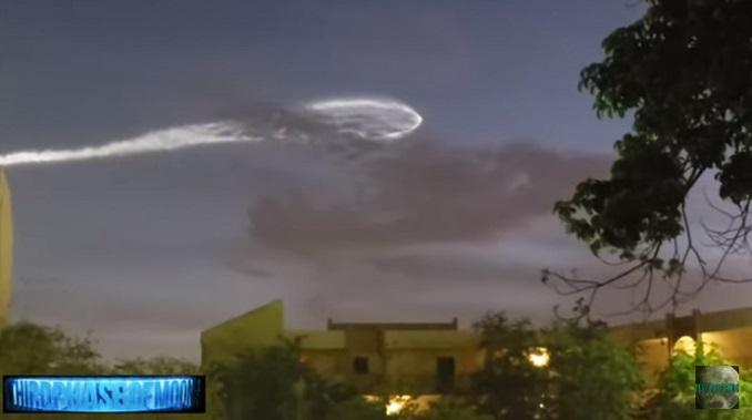 Satelit snimio misteriozni objekat u svemiru? (VIDEO)