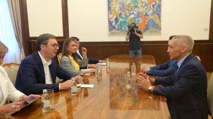 Ambasador Rusije predao Vučiću Putinovo pismo