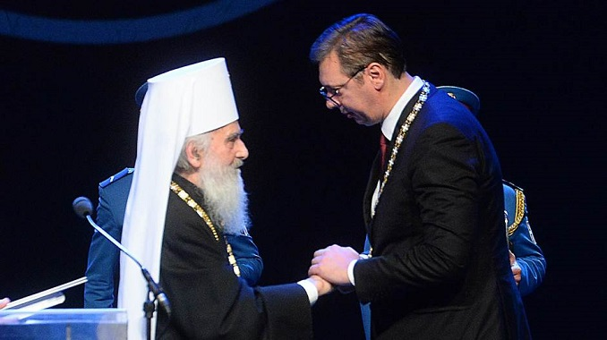 """Vučić dobio orden SPC za """"očuvanje Kosova i Metohije u sastavu Srbije"""""""
