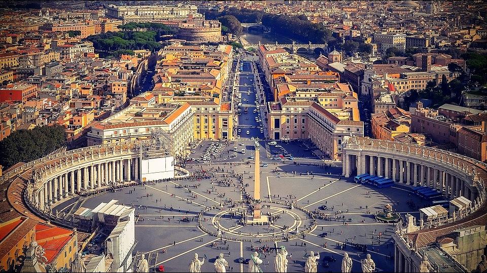 Otkrivene finansijske mahinacije visokih zvaničnika Vatikana