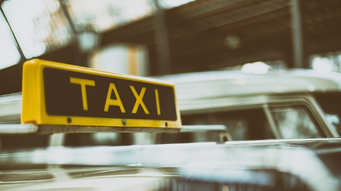 Beograd smanjuje broj taksista za trećinu