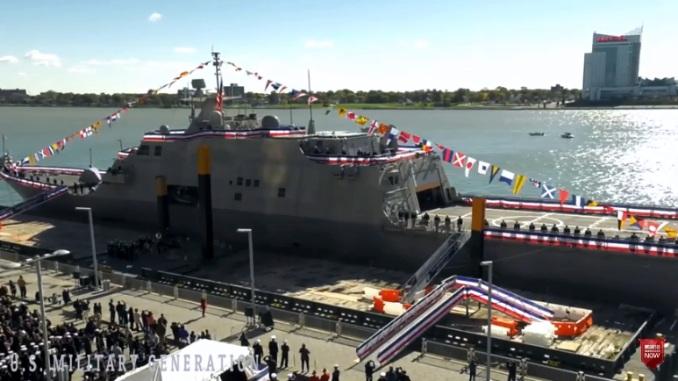 Potonuo američki ratni brod u zapadnom Atlantiku (FOTO, VIDEO)
