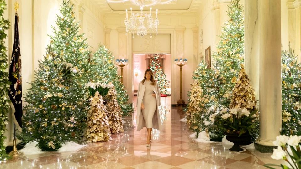 Melanija okitila Belu kuću za praznike (FOTO, VIDEO)