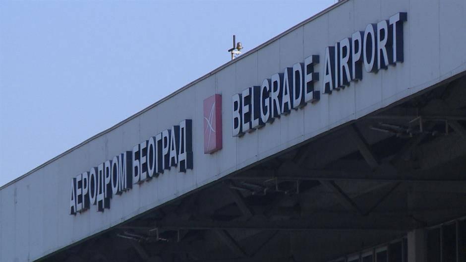 Otvoren aerodrom u Beogradu – obavezne maske, poželjno doći tri sata pre leta