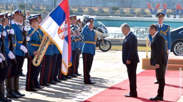Šojgu stigao u Beograd, Vulin mu priredio svečani doček