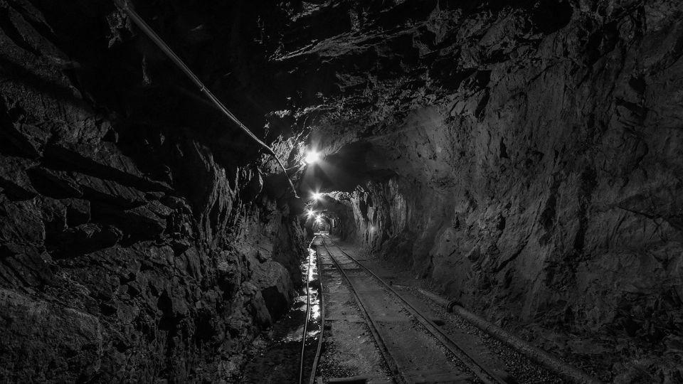 Zlato, bakar, olovo, cink, uran, hrom… Koliko vredi rudno blago Srbije?