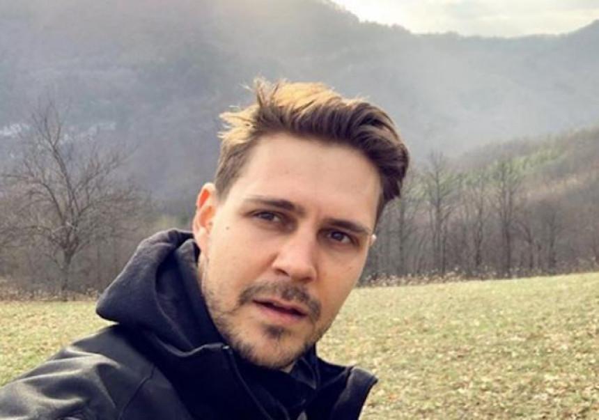 Miloš Biković otišao na selo pa poručio: Blago onome ko nije prodao dedovinu!