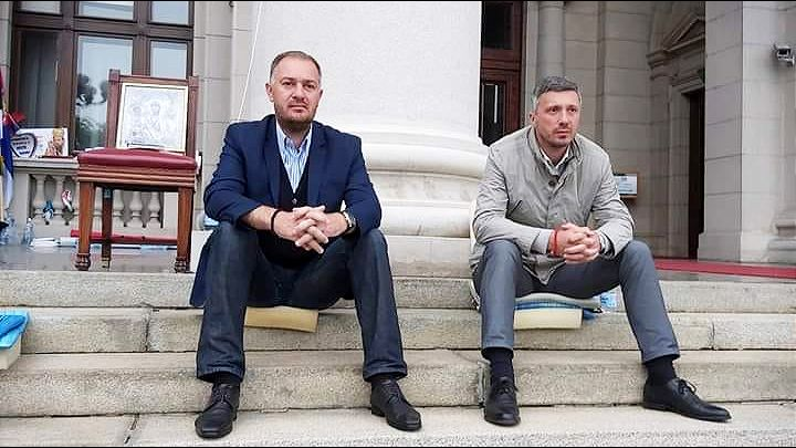 Obradović i Kostić prekinuli štrajk glađu: Ostvarili smo cilj!