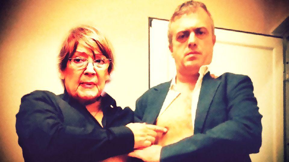 """Vesna Pešić podržala """"šalabajzera bez mozga u glavi, lošeg glumca i političku nulu"""" – Sergeja Trifunovića"""