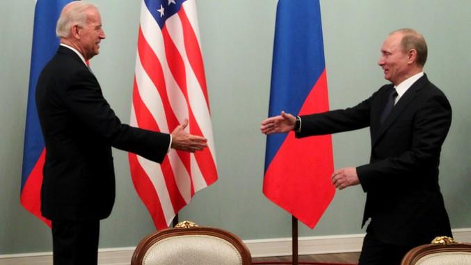Bela kuća: Nije pravi trenutak za susret Bajdena i Putina