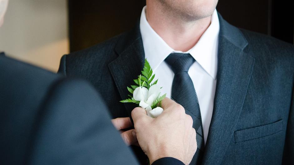 """Prvi """"singl brak""""-Italijan oženio samog sebe!"""